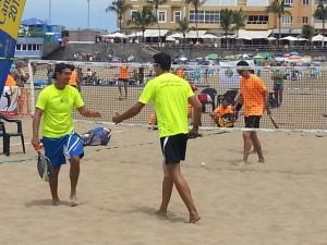 foto tenis playa (FILEminimizer)